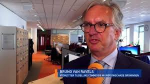 Fixer Bruno van Ravels